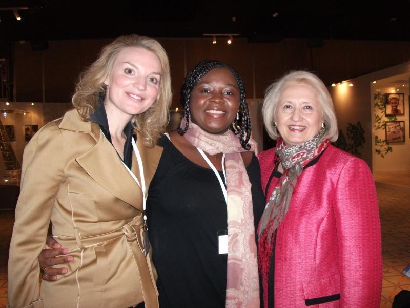 Alyse Nelson, Lucy Kanu and Melanne Vanveer
